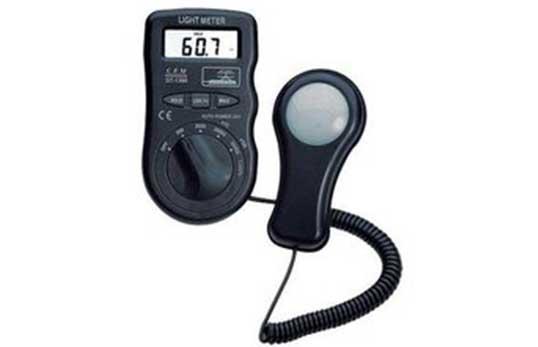 DT-1300袖珍型光度计/照度计