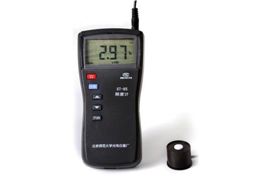 ST-85 型自动量程数字照度计